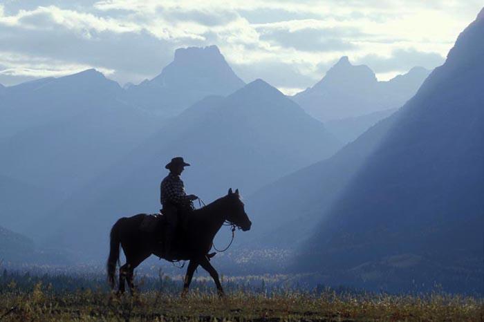 Boundary Ranch, Alberta - Jonas Guinn